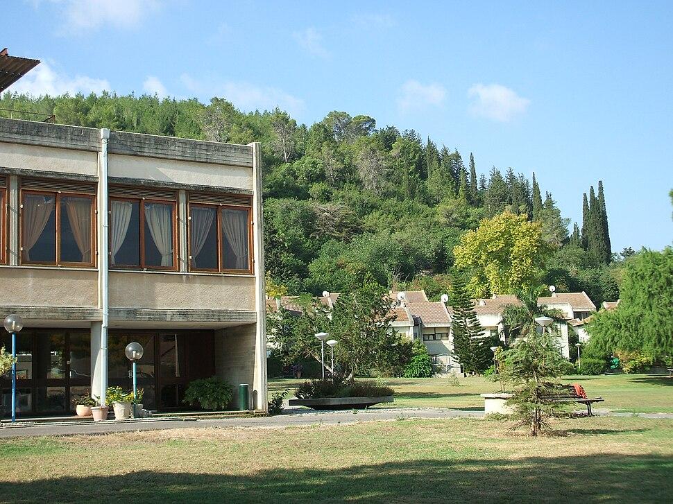 Kibbutz Hazore'a 1