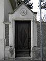 Klosterneuburg - Rostock-Villa - alte Tür.jpg