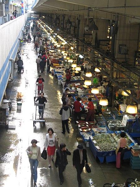File:Korea-Seoul-Noryangjin Fish Market-01.jpg