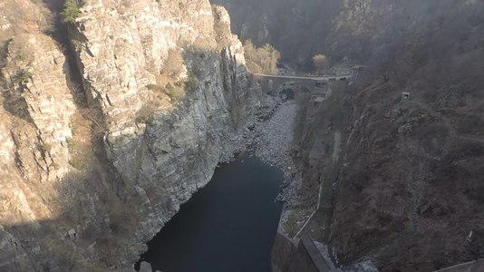 File:Krichim reservoir - wall (video).webm