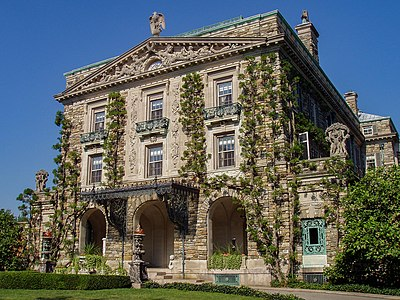 Kykuit in Westchester County, New York, where Rockefeller spent his retirement. It has been home to four generations of the Rockefeller family. Kykuit, Tarrytown, NY - front facade.JPG