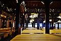 Kyoto Higashi Hongan-ji Amidahalle Innen 1.jpg