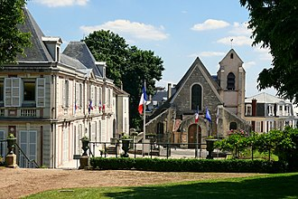 Villeneuve-le-Roi - The church of Villeneuve-le-Roi
