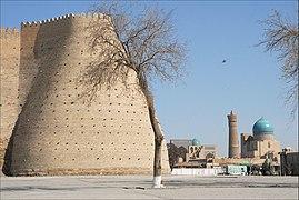 La citadelle (Boukhara, Ouzbékistan) (5650987286).jpg