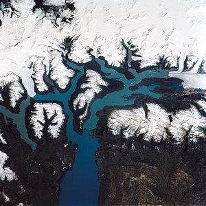 Los Glaciares National Park - Image: Lago Argentina from space