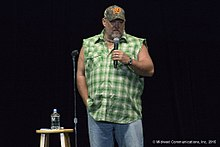 larry the cable guy walking farts