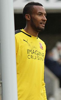 Lawrence Vigouroux Millwall Vs Swindon Town (22256676905) (cropped).jpg