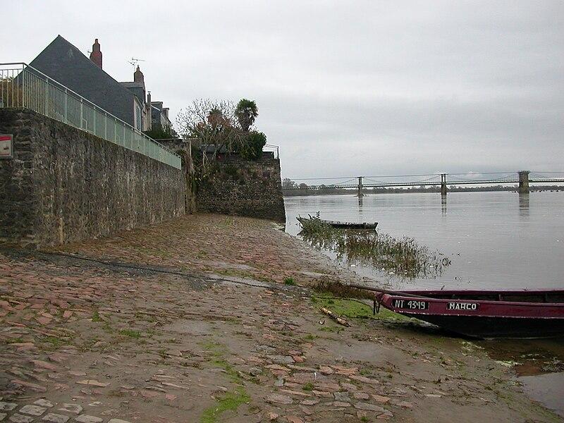 Port Matthieu wharf in Le Fresne-sur-Loire