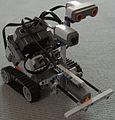 Lego Mindstorms NXT 2.0 Roboter- Ansicht links.JPG