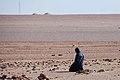 Libia - Pregare nel deserto - panoramio.jpg