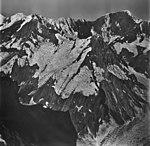 Lituya Glacier, tidewater and hanging glaciers, August 26, 1979 (GLACIERS 5611).jpg