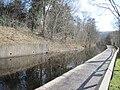Llangollen canal alongside A542 - geograph.org.uk - 1731940.jpg