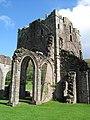 Llanthony Priory. - panoramio (2).jpg