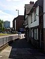 London-Woolwich, Woolwich High St, church hill 2.jpg