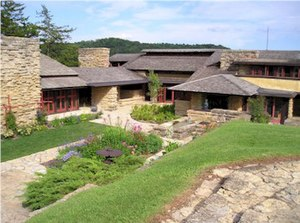 Taliesin (studio) - Taliesin III's drafting studio (left) and living quarters (right) as seen from the crown of its hill