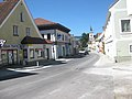 Looking torwards the Hauptplatz and Church of St Anna at Pöggstall, Lower Austria.JPG