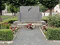 Lor (Aisne) monument aux morts.JPG