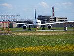 Lufthansa A330 @ YUL (2673537766).jpg