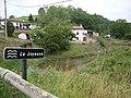 Luisenialdea (Lantabat, Pyr-Atl, Fr) le hameau et la Joyeuse.JPG