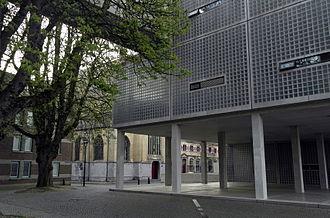 Maastricht Academy of Fine Arts - Image: Maastricht, Herdenkingsplein, Stadsacademie 05
