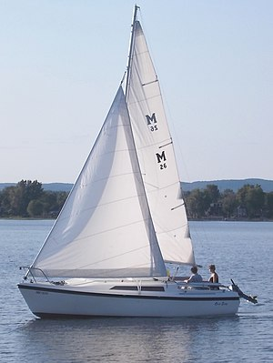 MacGregor 26 - Image: Mac Gregor 26 sailboat 2526