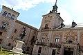 Madrid - Plaza de la Villa (36072071975).jpg