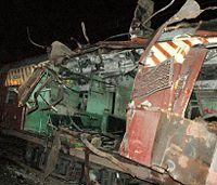 https://upload.wikimedia.org/wikipedia/commons/thumb/b/b5/Mahim_train_blast.jpg/200px-Mahim_train_blast.jpg