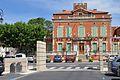 Mairie d'Entraigues sur la Sorgue.JPG