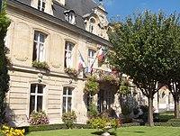 Mairie de Parmain.JPG
