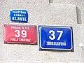 Malá Chuchle, Zbraslavská 37, domovní čísla.jpg