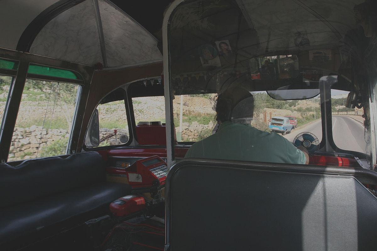 Intercity bus driver - Wikipedia