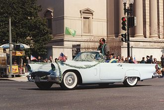 Marion Barry - Barry at the 1998 Washington, D.C. Saint Patrick's Day Parade