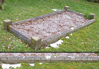 Mark Lemon - Mark Lemon's grave, St Margaret's Church, Ifield, West Sussex.