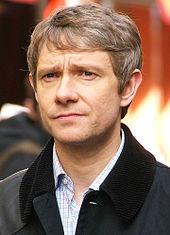 Foto de Freeman dum la filmigo de Sherlock en Londono, UK en 2011