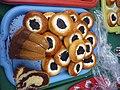 Masopustní koláčky a bábovka.jpg