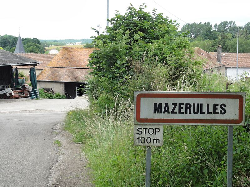 Mazerulles (M-et-M) city limit sign