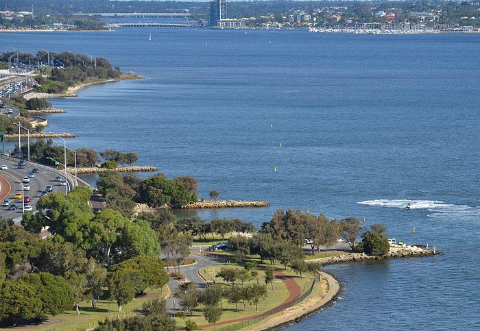 Melville water east.jpg