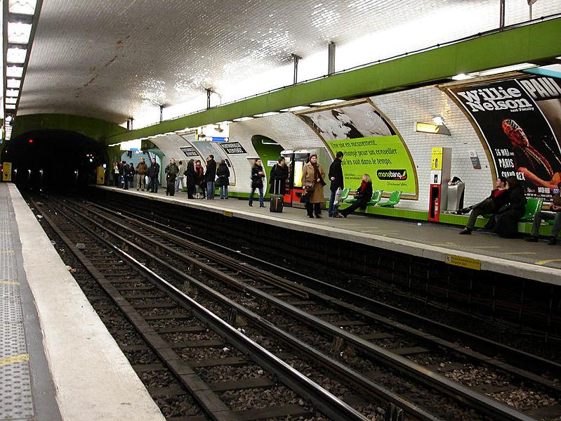file metro paris ligne 13 station montparnasse bienvenue wikimedia commons. Black Bedroom Furniture Sets. Home Design Ideas