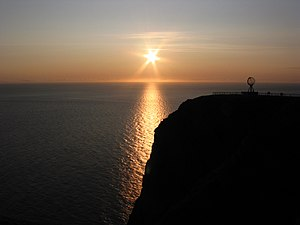 The midnight sun at Nordkapp , Norway .