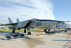 MIG 25高高度超音速戦闘爆撃機。