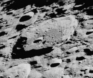 Millikan (crater) - Oblique Apollo 16 mapping camera image
