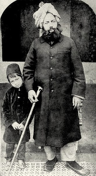 Mirza Ghulam Ahmad - Mirza Ghulam Ahmad with his son, Mirza Sharif Ahmad