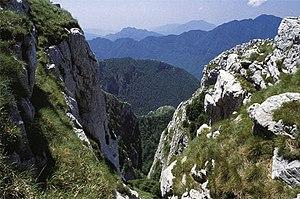 Monti Picentini - Rocky limestone landscape in the monti Picentini.