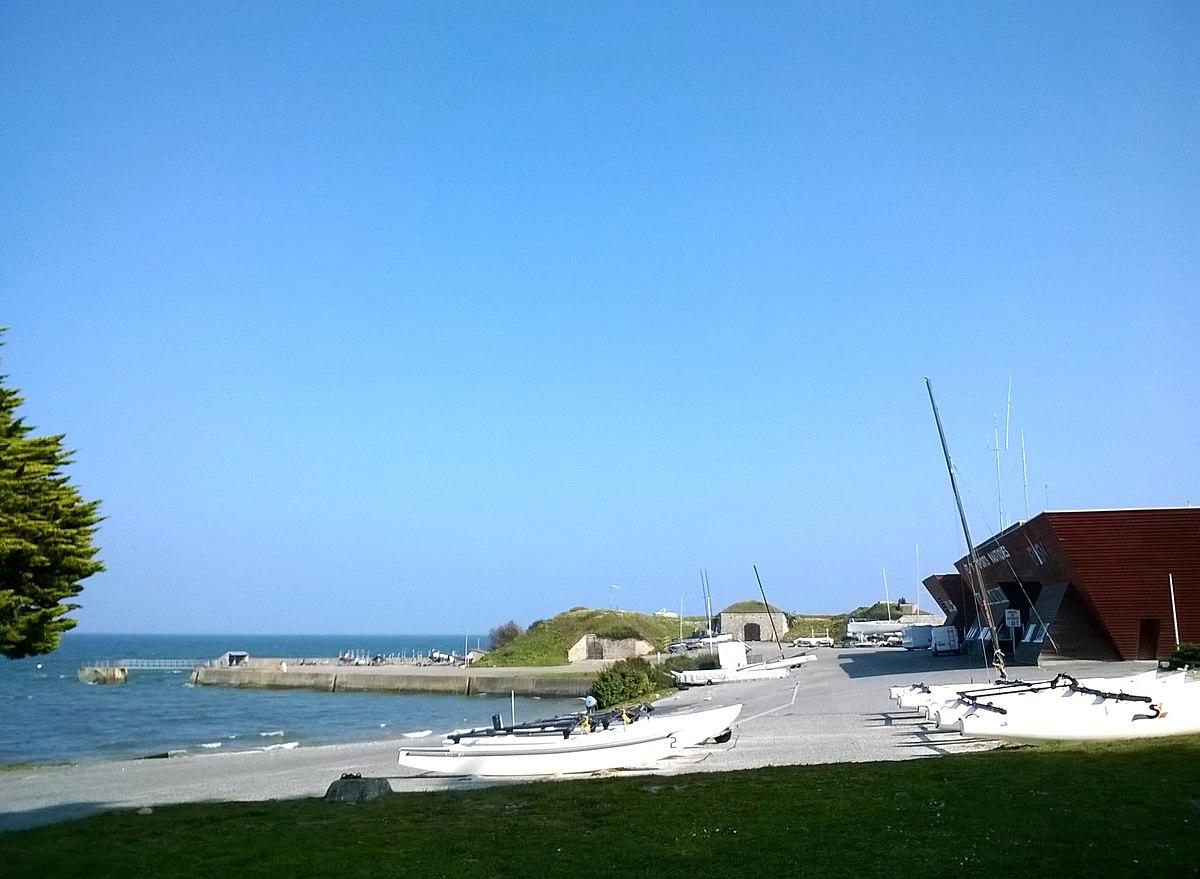 Fichier Morbihan Saint Pierre Quiberon Ecole Nationale Voile Port 20032016 Panoramio 1 Jpg Wikipedia