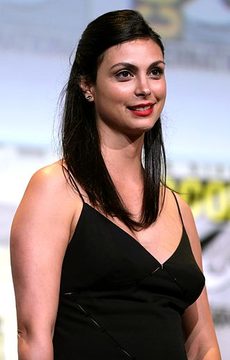 Morena Baccarin - Baccarin at the San Diego Comic-Con International in 2016