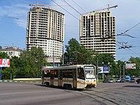 Moscow tram 71-621 1000 20060605 013 (12178706064).jpg