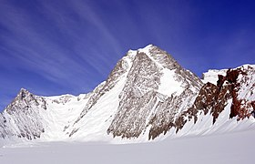 Mount Tyree (Antarctica) from East by Christian Stangl (flickr).jpg
