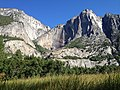 Mountain in Yosemite Valley, California, United States.jpg