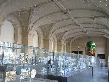 Muséographie des collections de céramiques.jpg