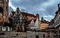 Nürnberg (Nämberch), Platz am Tiergärtnertor, Im Hintergrund die Kaiserburg (12723097213).jpg